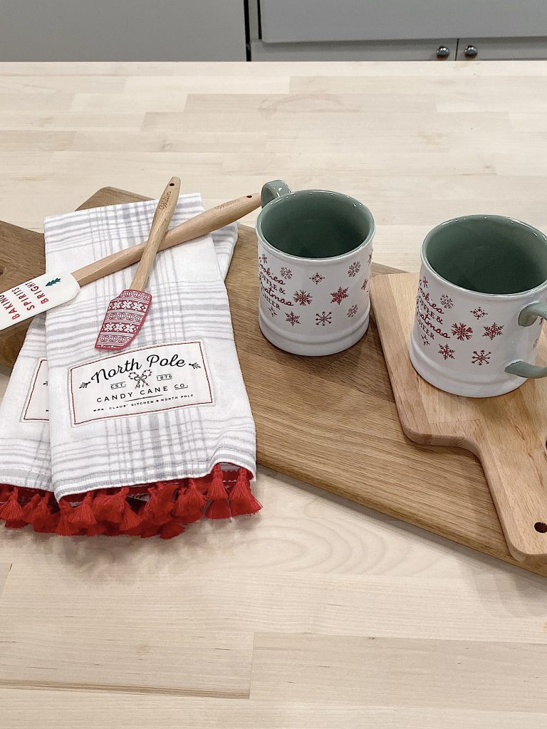 christmas kitchen items