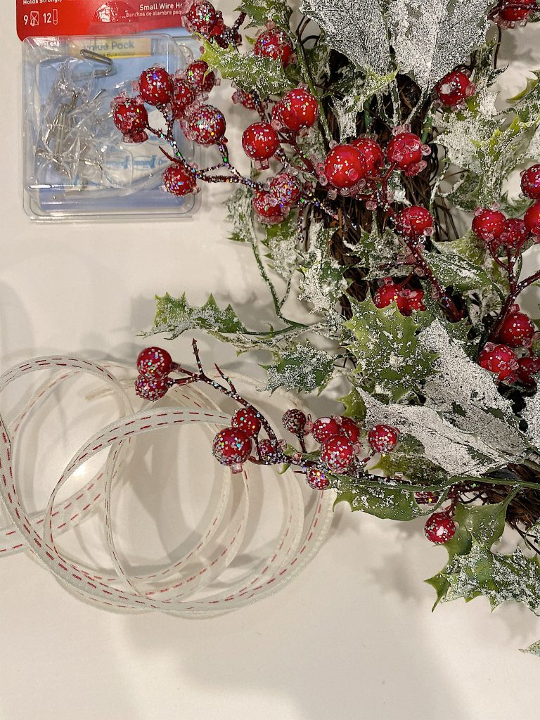 christmas wreath hanging supplies