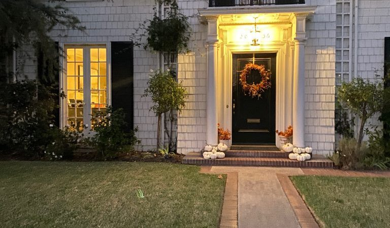 Why You Need a Smart Home Lighting System