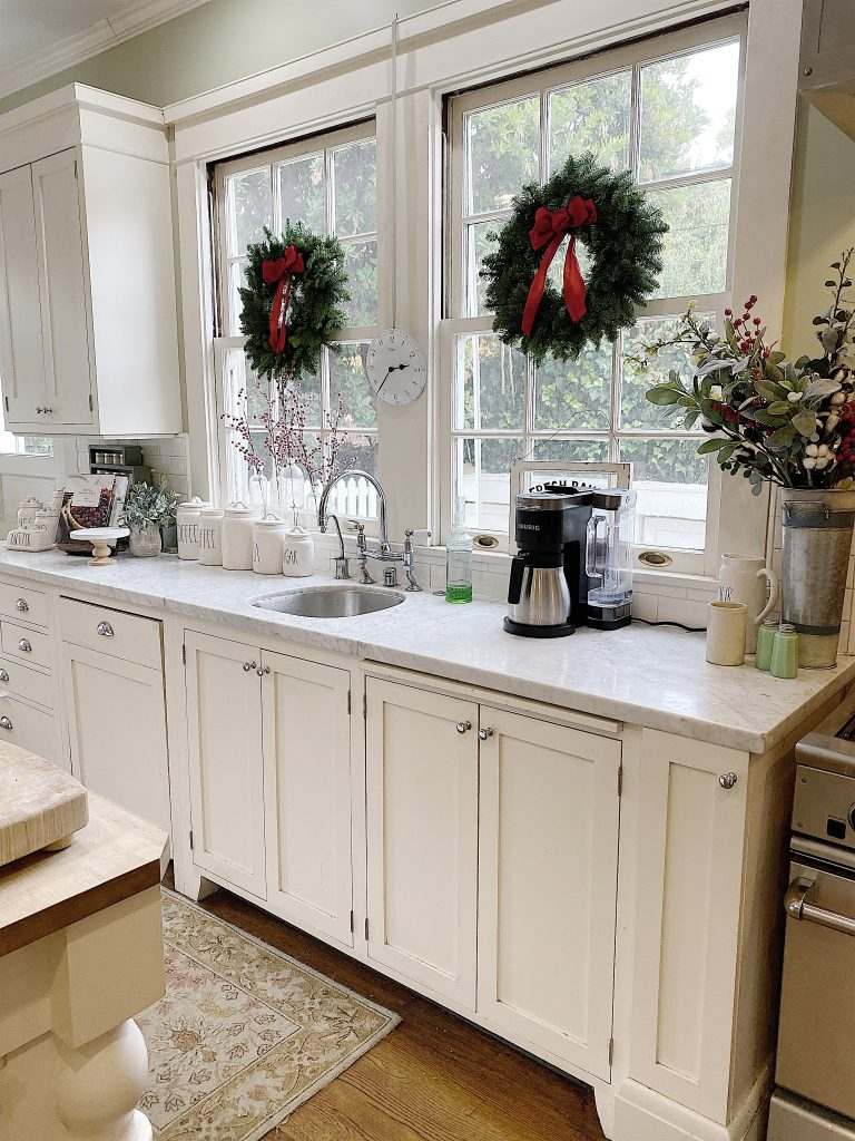 holiday decor in the kitchen
