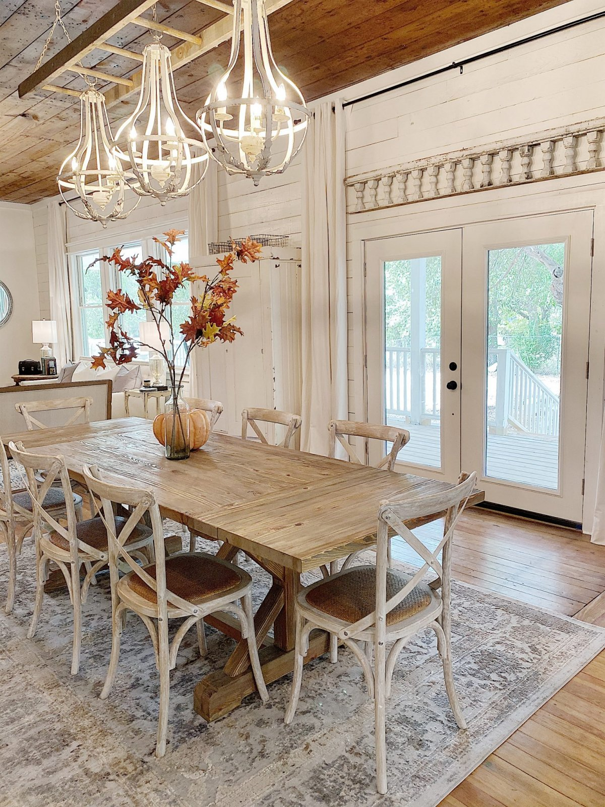 dining room in waco fixer upper