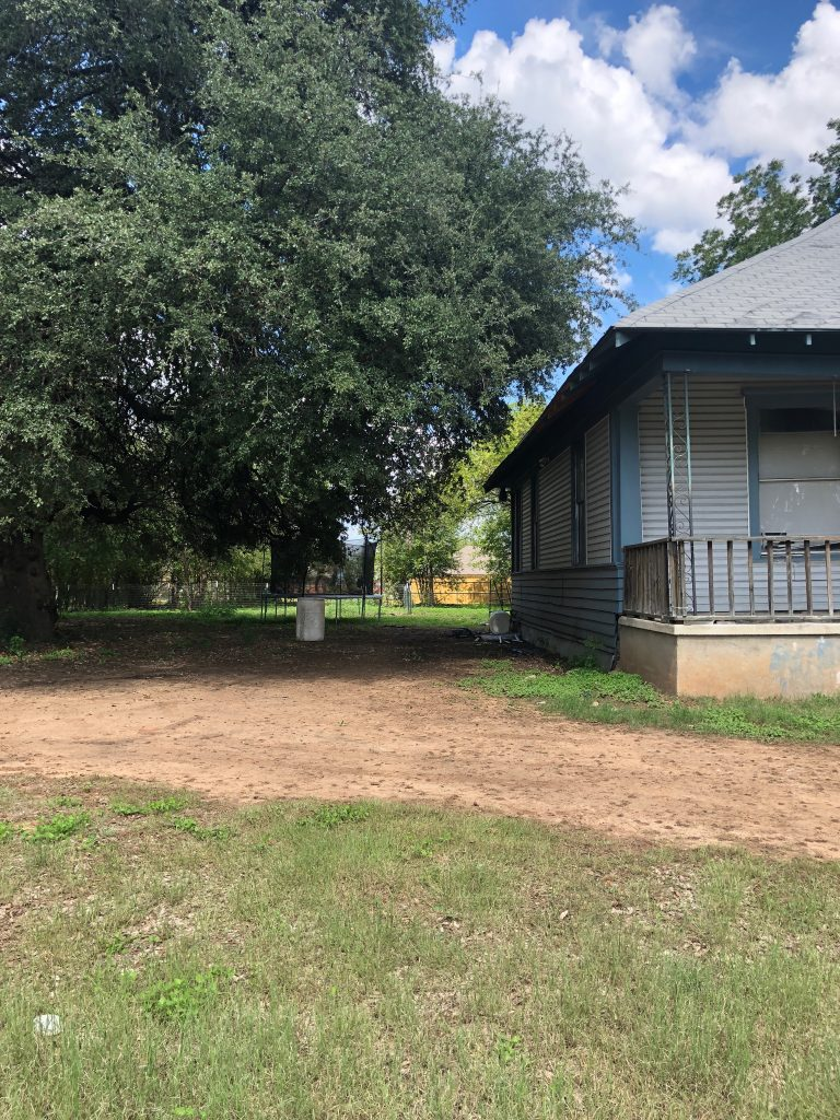 before photo of the waco fixer upper home