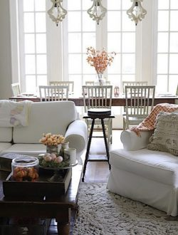 How a White Palette Make it Easier to Decorate