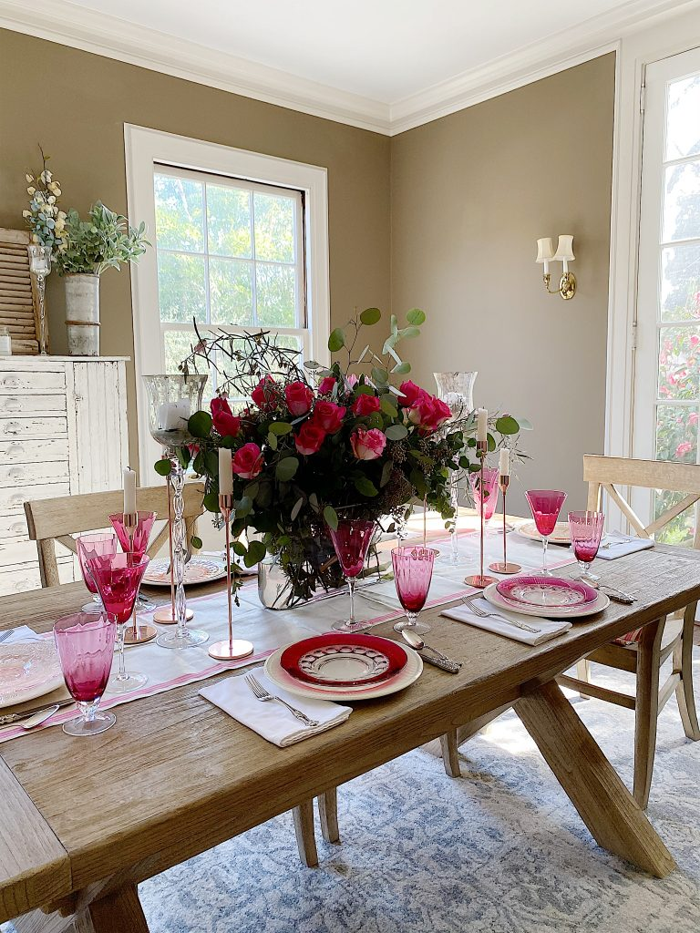 set a table for valentine's day