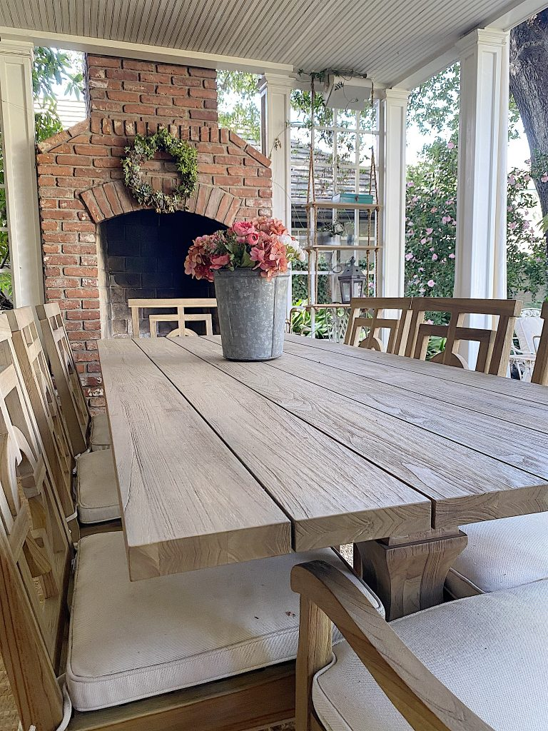 arhaus outdoor dining table