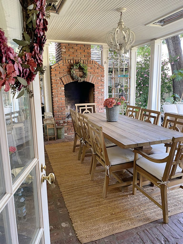 dining on the back porch