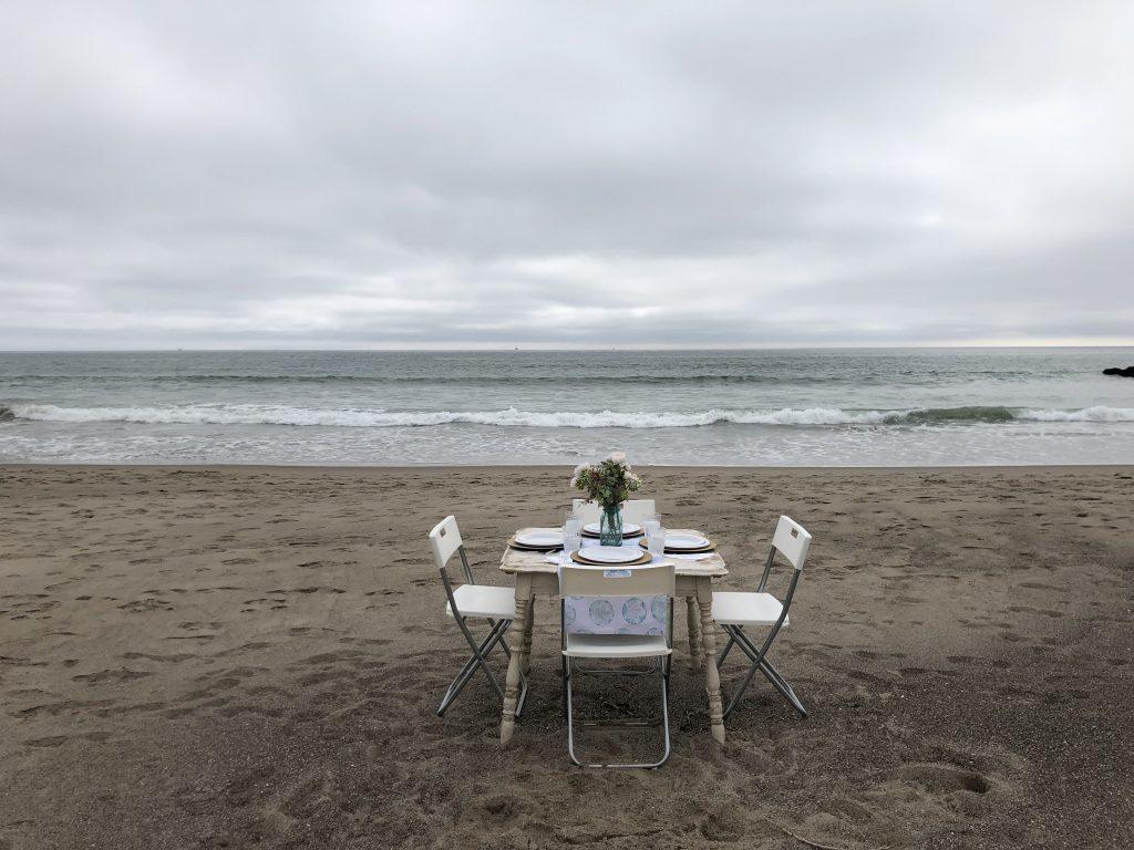 quaint dinner on the beach