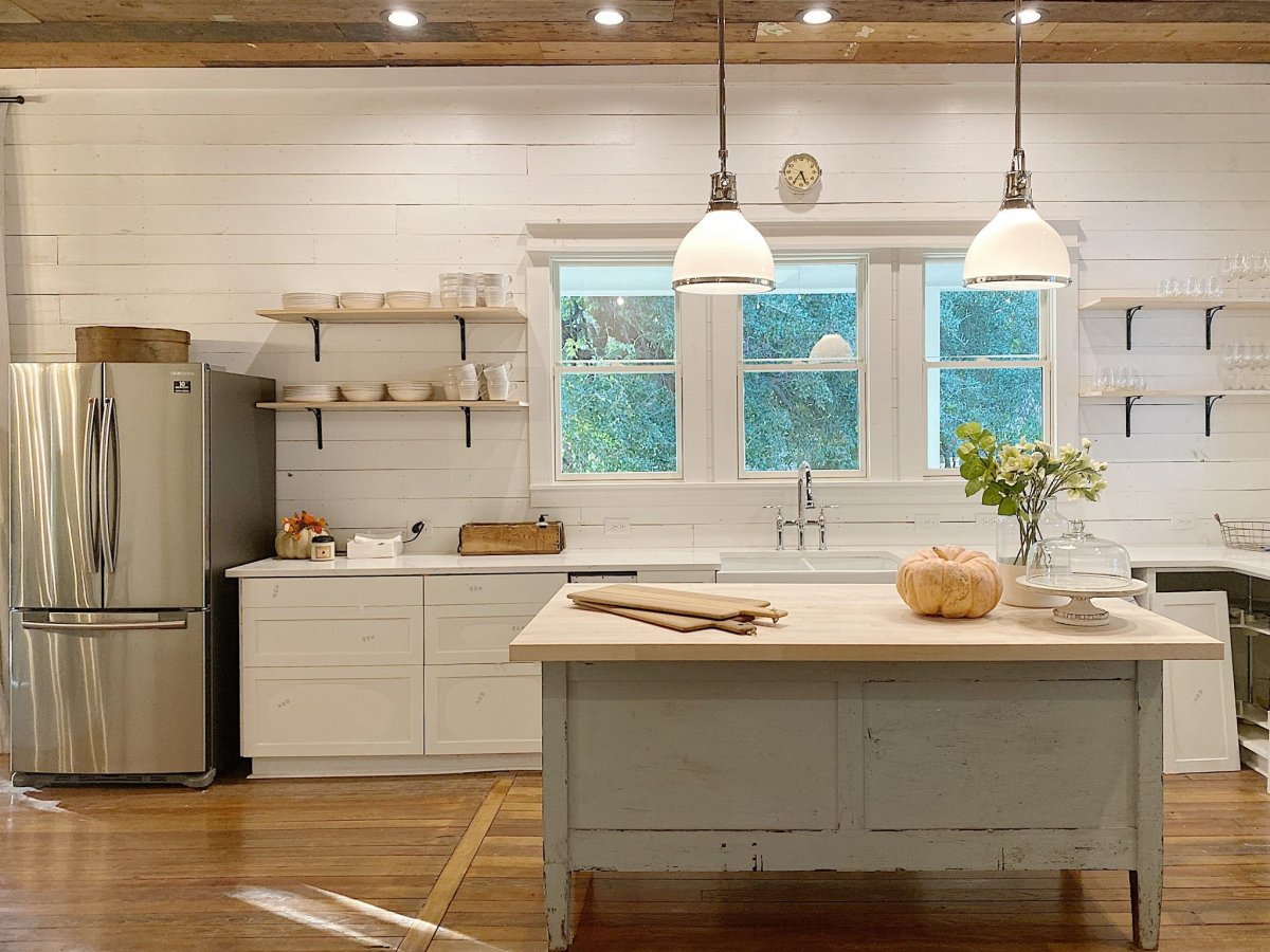 What Is The Best Kitchen Lighting