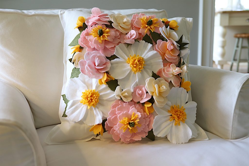 make-a-felt-flower-pillow-with-Cricut