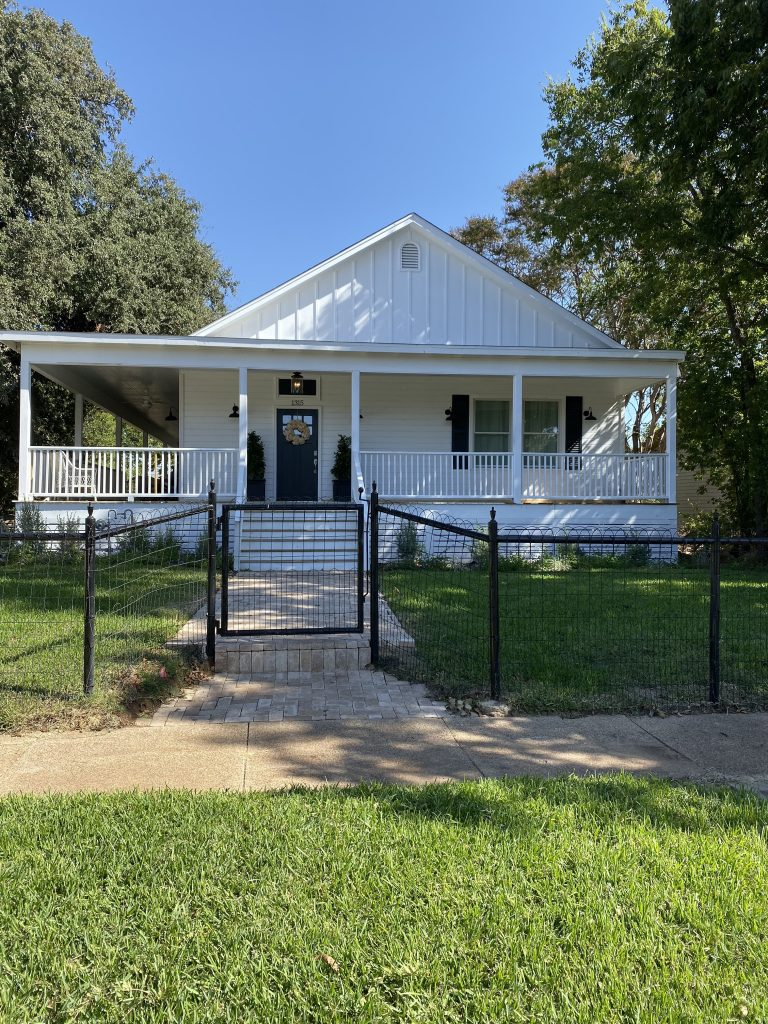 the waco fixer upper front exterior 3
