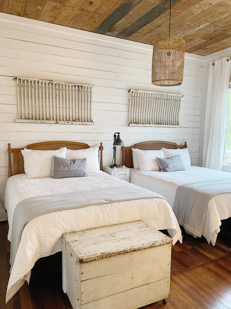 the waco fixer upper middle bedroom