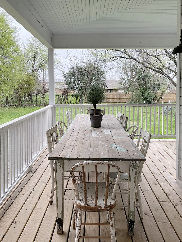 the waco fixer upper side porch table