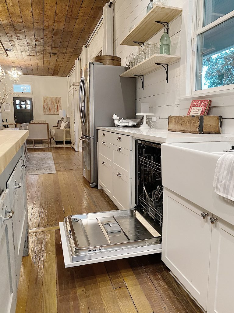 I am excited today to share with you how I selected appliances for our Waco home kitchen remodel. I searched for great looking appliances that were excellent quality at an affordable price and found them at ZLINE. I thrilled I found ZLINE and the oven of my dreams!