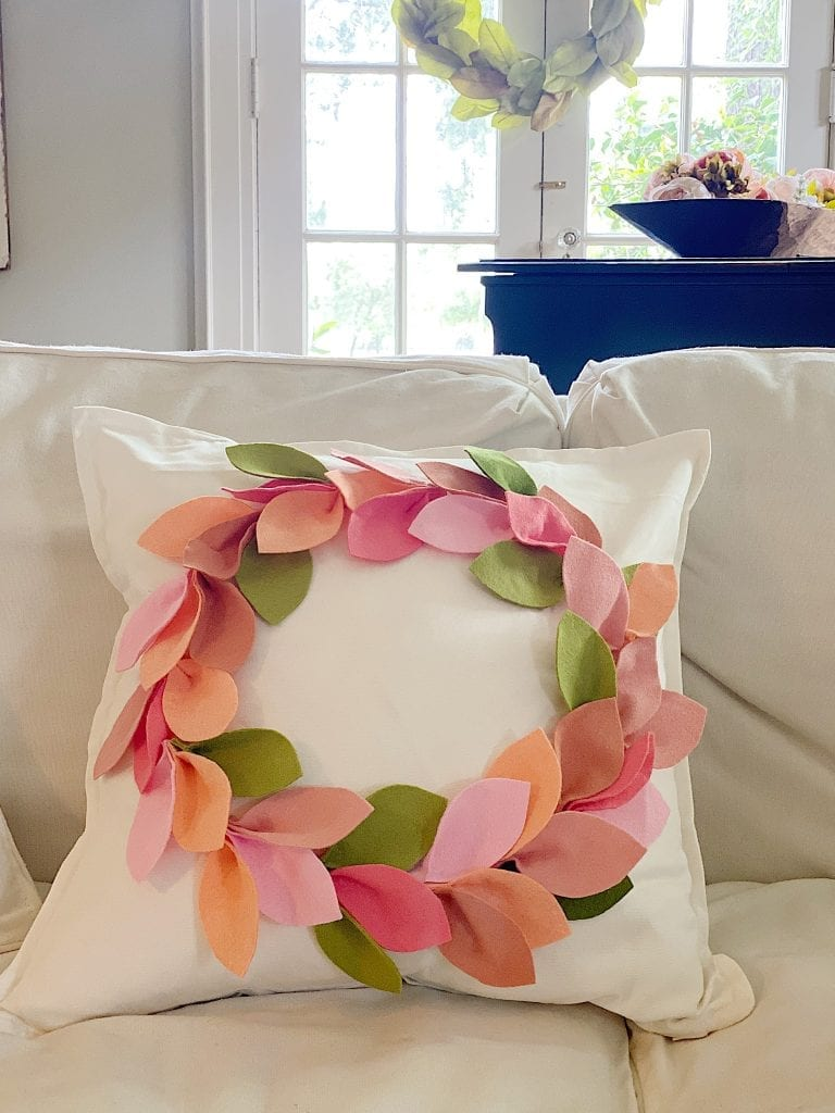 Crafts Felt Wreath