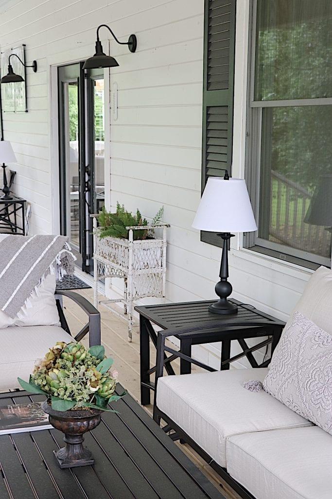 Porch at Waco Airbnb