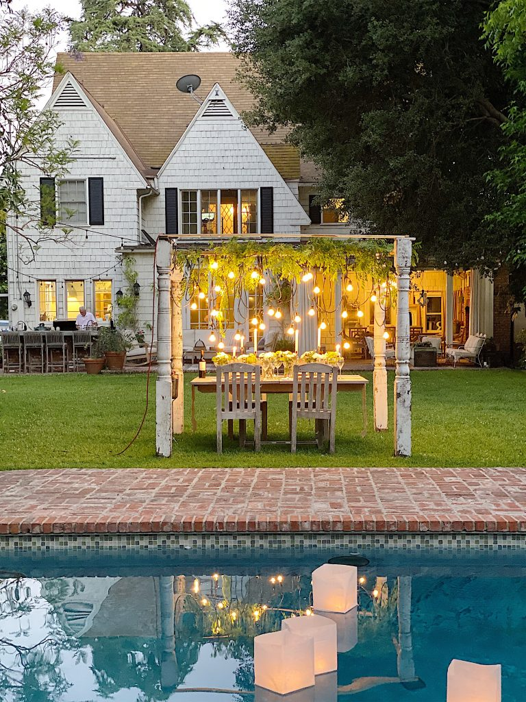 How to Plan a Backyard Dinner Party