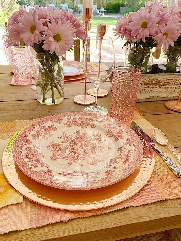 Summer Table for Entertaining