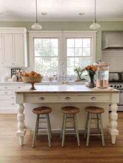 styling your kitchen for summer