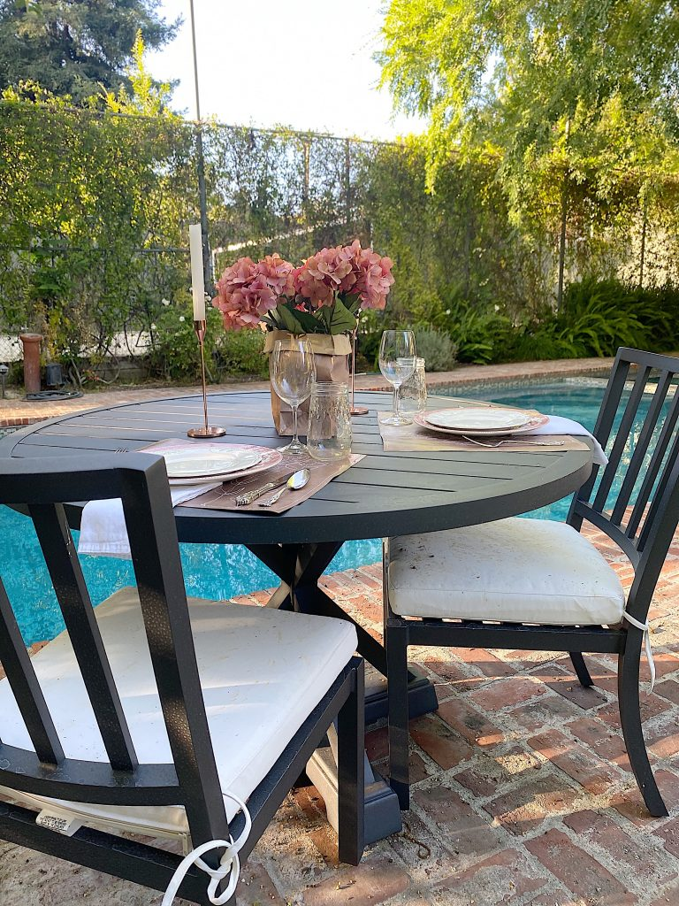 Summer Dinner Ideas Poolside