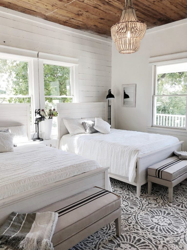 the-waco-airbnb-front-bedroom