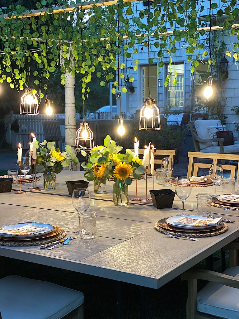 Backyard Outdoor Dining