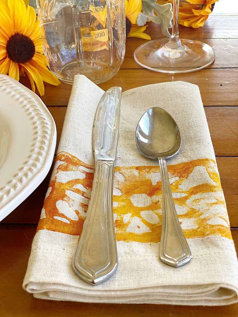 Sunflower Napkins DIY