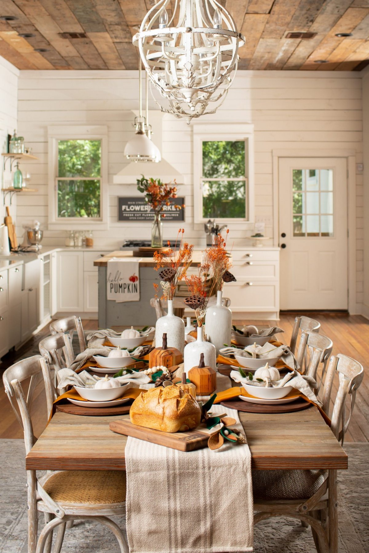 Fall Dining Table Decor Harp design 1