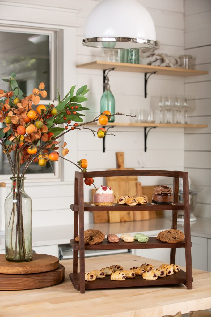 Fall Dining Table Decor Harp design 8