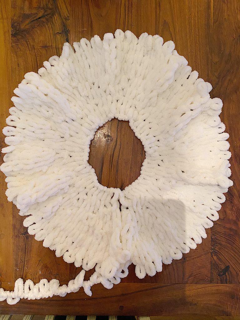 Loop Yarn Easy Tree Skirt