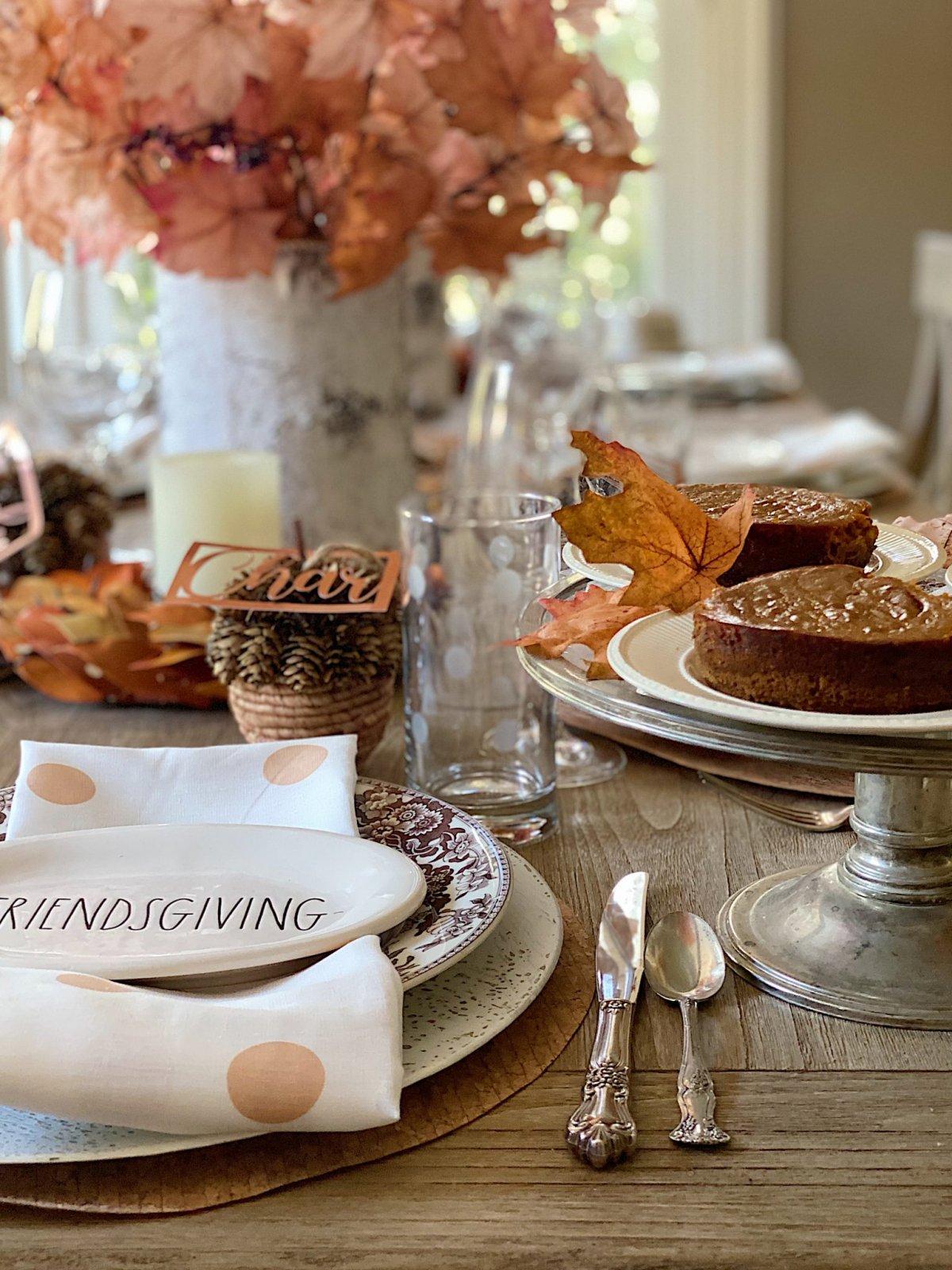 Friendsgiving Table Setting