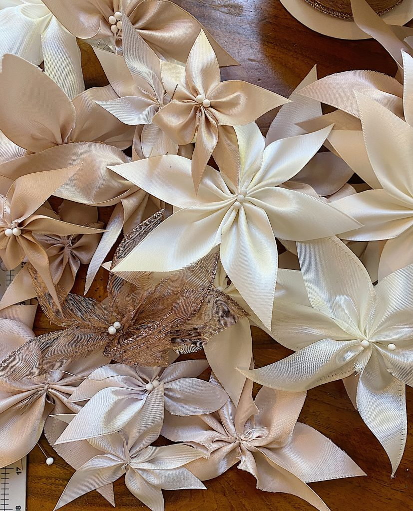 How to Make a Ribbon Wreath 18