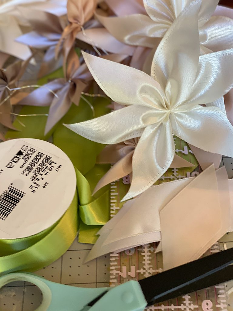 How to Make a Ribbon Wreath 7