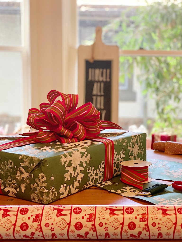 How to Organize Your Gift Wrapping Room