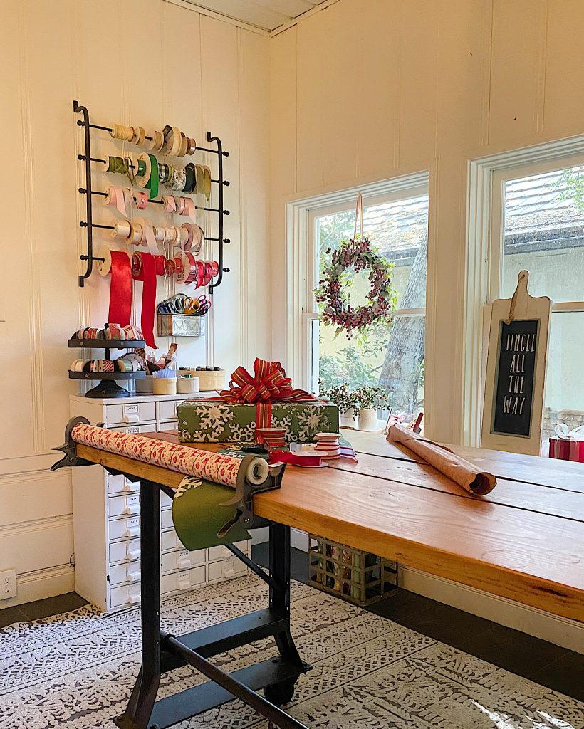 How to Organize Your Gift Wrapping Room 15
