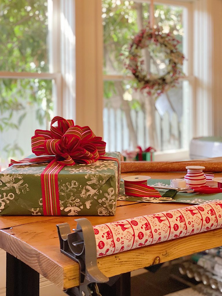 How to Organize Your Gift Wrapping Room 6