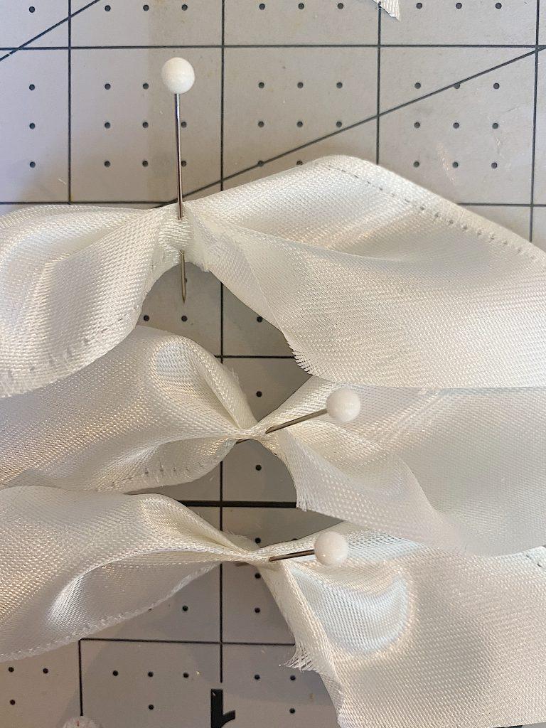 Steps to Make a Ribbon Wreath 1