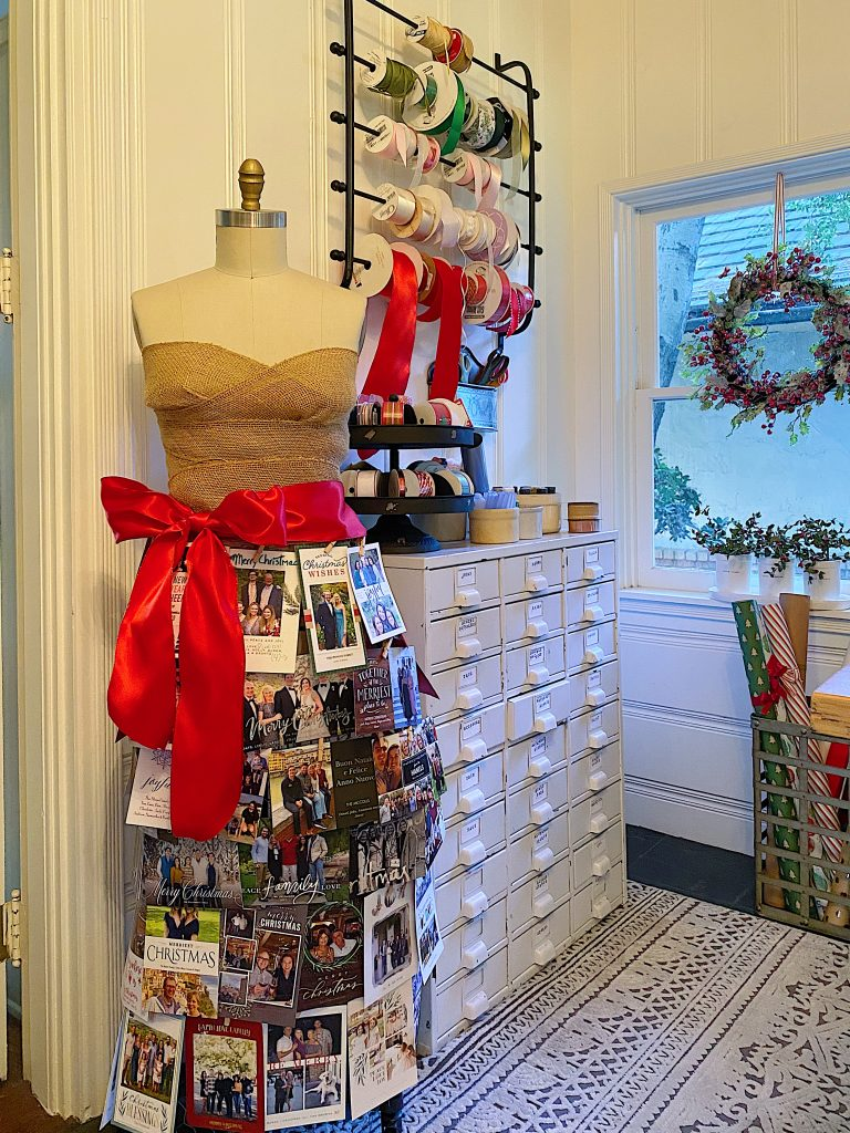 Ways to Display Christmas Cards 6