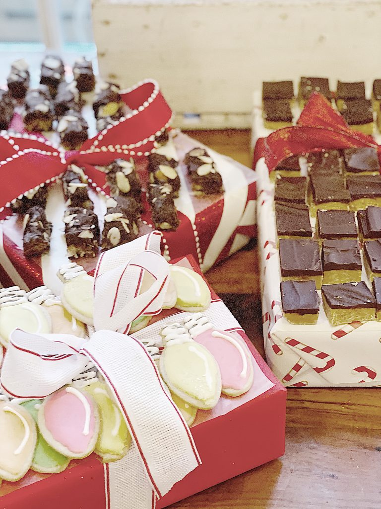 Christmas Party Desserts on Packages