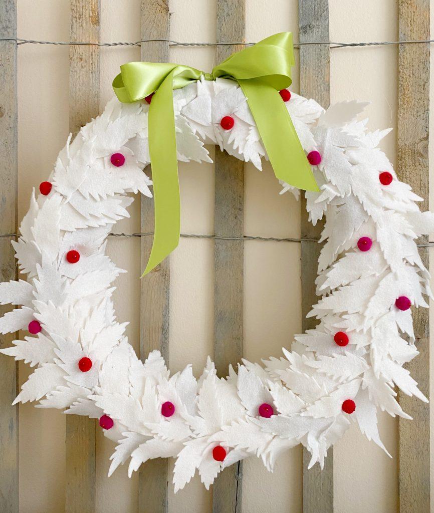 DIY White Christmas Wreath