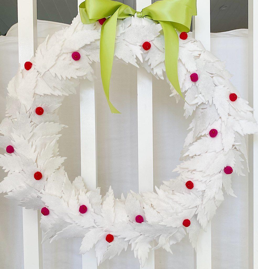 How to Make a White Christmas Wreath