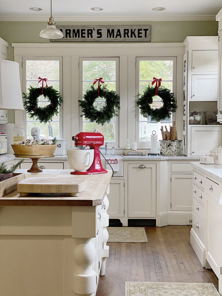 Kitchen Home for the Holidays