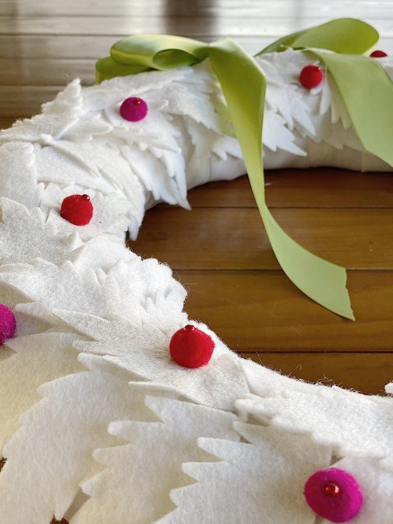 White Christmas Wreath Tutorial