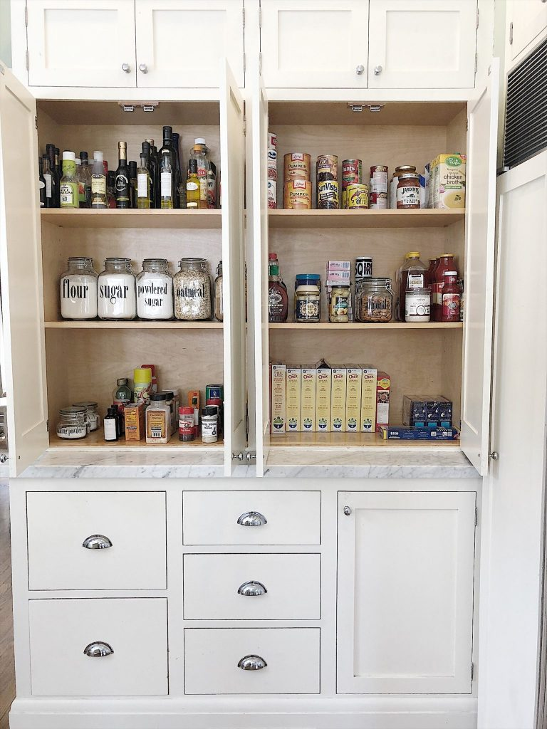 organizing-your-pantry-scaled