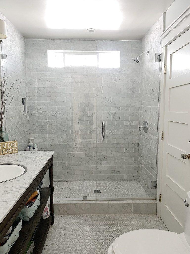 Beach-House-Upstairs-Bathroom