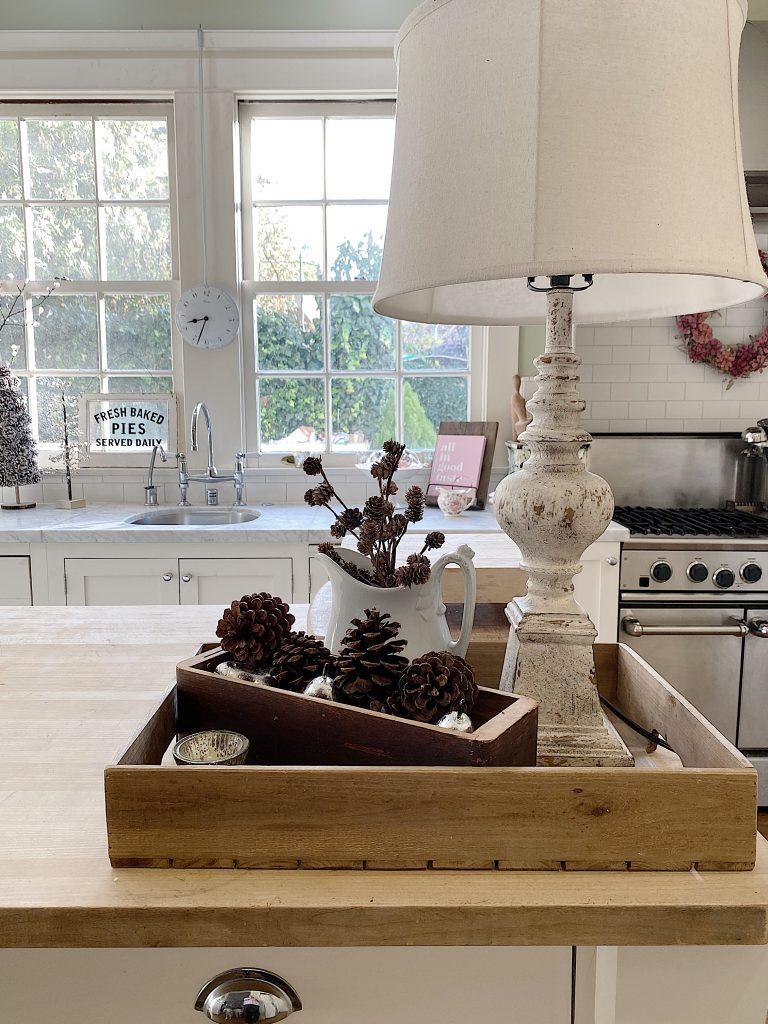Farmhouse Kitchen Decor Ideas 10