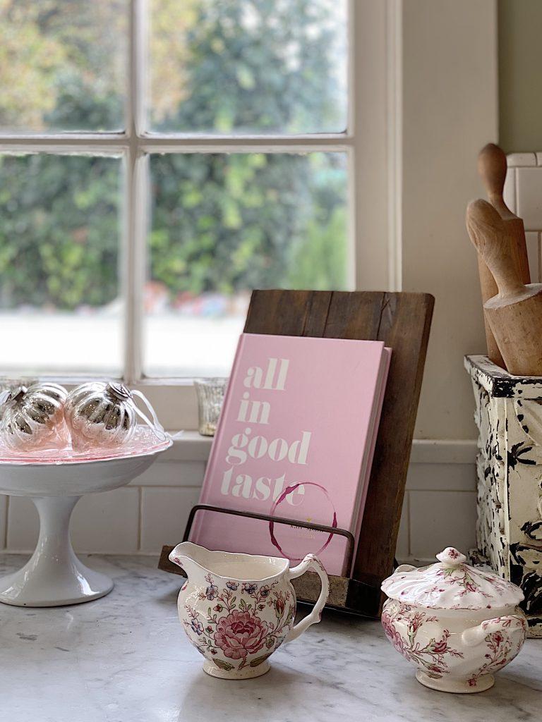 Farmhouse Kitchen Decor Pink