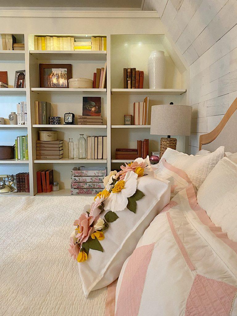 Guest Bedroom Pink Decor