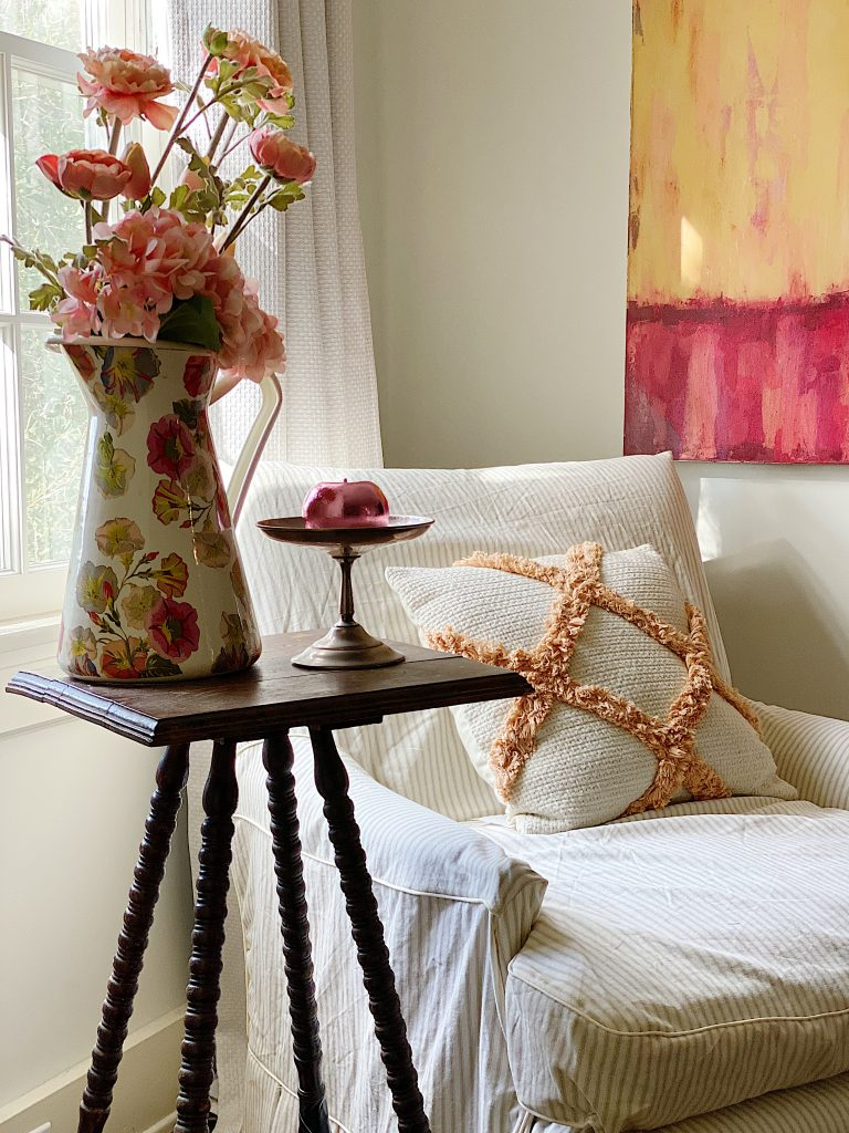 Guest Bedroom Pink Decor Ideas