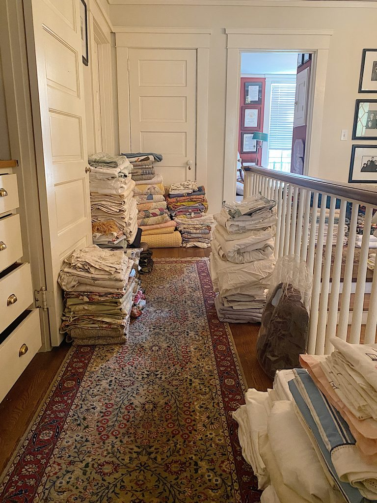Organize a Linen Closet Discards?