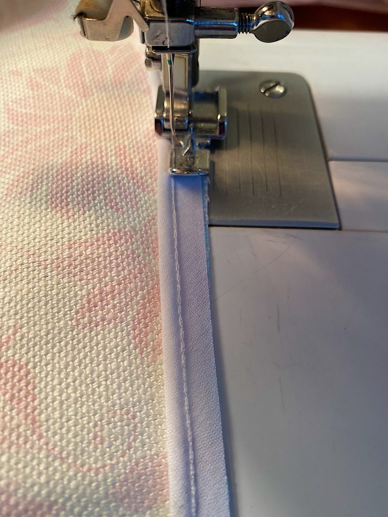 Sewing Piping on Pillows